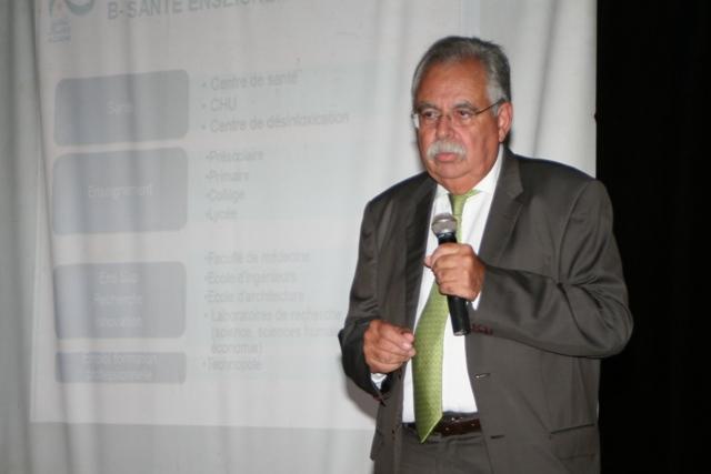 الوزير حداد يهاجم القباج ويحمله مسؤولية فرملة المشاريع السياحية بأكادير