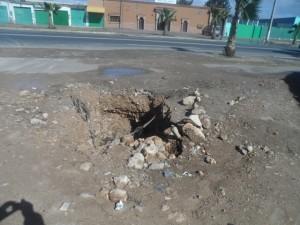 حفر ونفايات ومستنقعات وأزقة وشوارع غيرمعبدة بالتجزئة العسكرية للضباط بحي لاشالي بإنزكَان