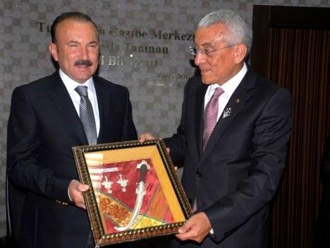 السفير المغربي بأنقرة : اتفاقية التوأمة بين بلدتَيّ إزميت التركية وتزنيت المغربية جد ناجحة