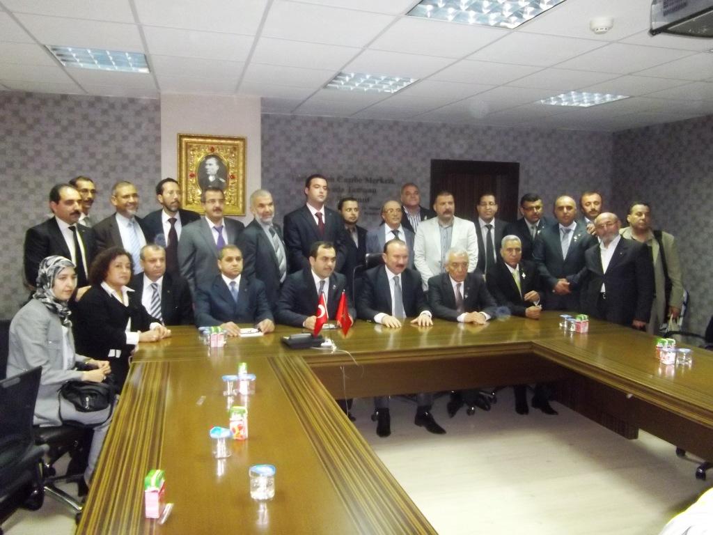 أوعمو يهنئ عمدة مدينة إزميت التركية بمناسبة تجديد ولايته