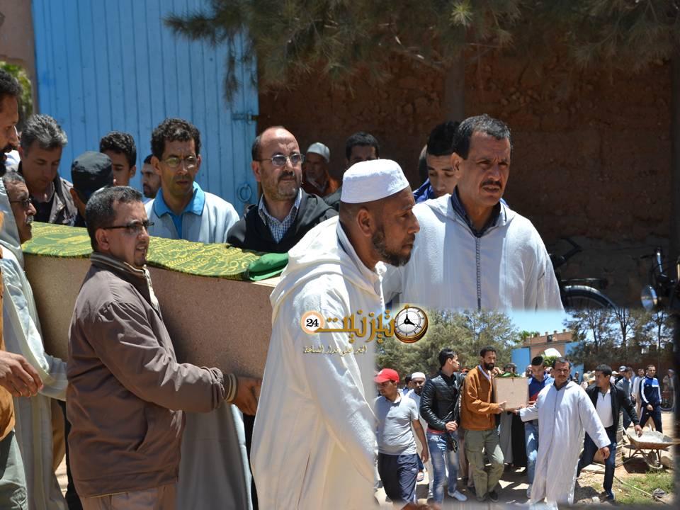 """روبورتاج مصور عن الجنازة المهيبة للمفتش التربوي الراحل """"محمد مَنَهَا"""" بتيزنيت"""