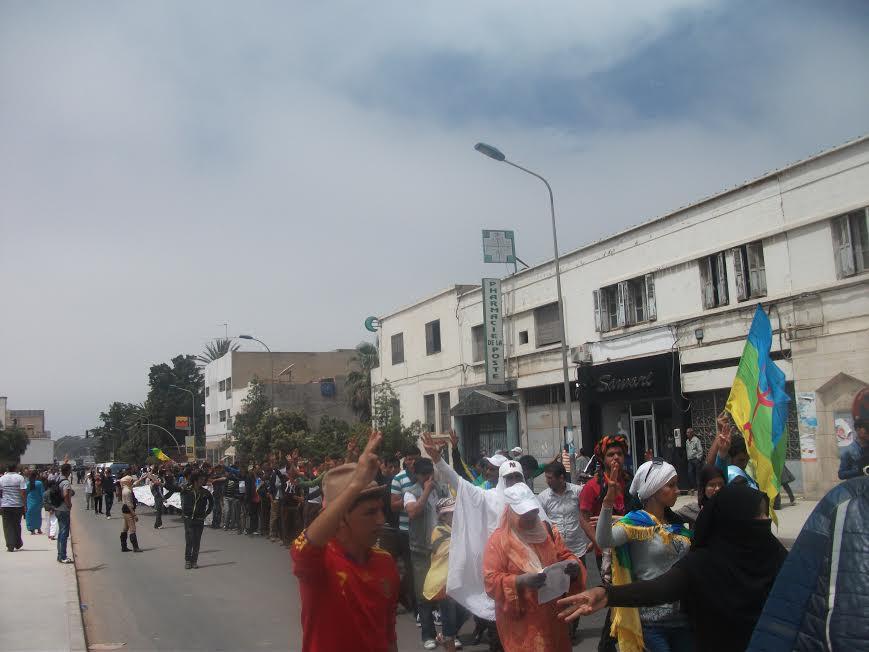 بمناسبة العيد العمالي : عاملات الضيعات الفلاحية يثرن ضدالاستغلال والتمييز