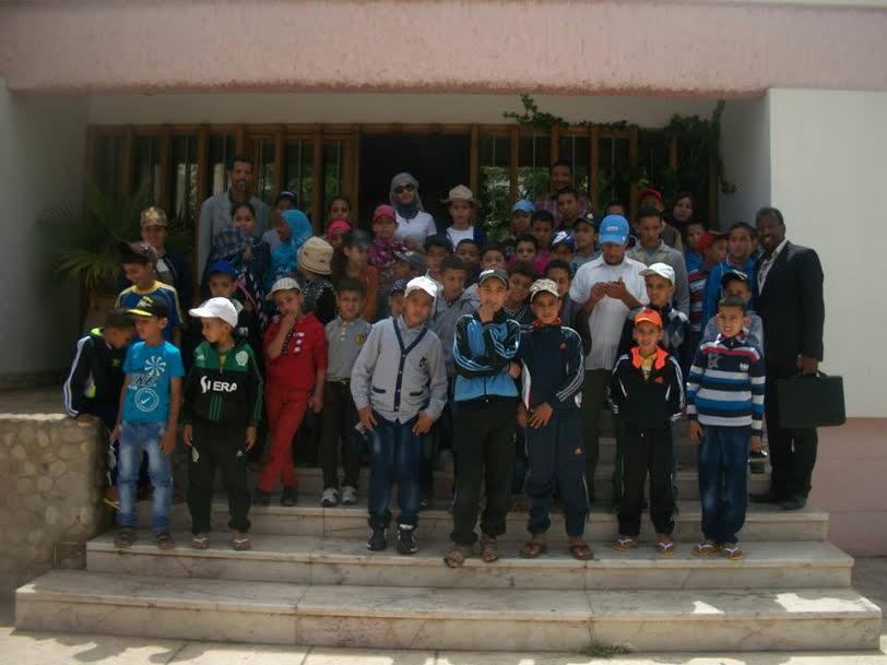 مدرسة جبل باني كلميم تحط الرحال بمدينة أكادير في إطار رحلة مدرسية تاريخية