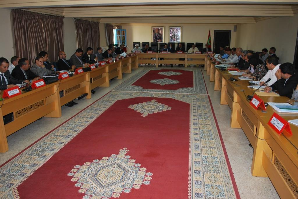 سيدي افني :انعقاد أشغال الدورة الاستثنائية ليوم 22يوليوز 2014للمجلس الإقليمي.