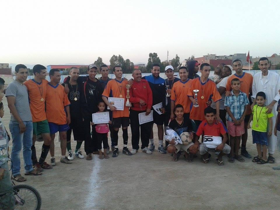 تتويج فريق الوفاق الرياضي بطلا للدوري الرمضاني لحي المستقبل بأيت ملول