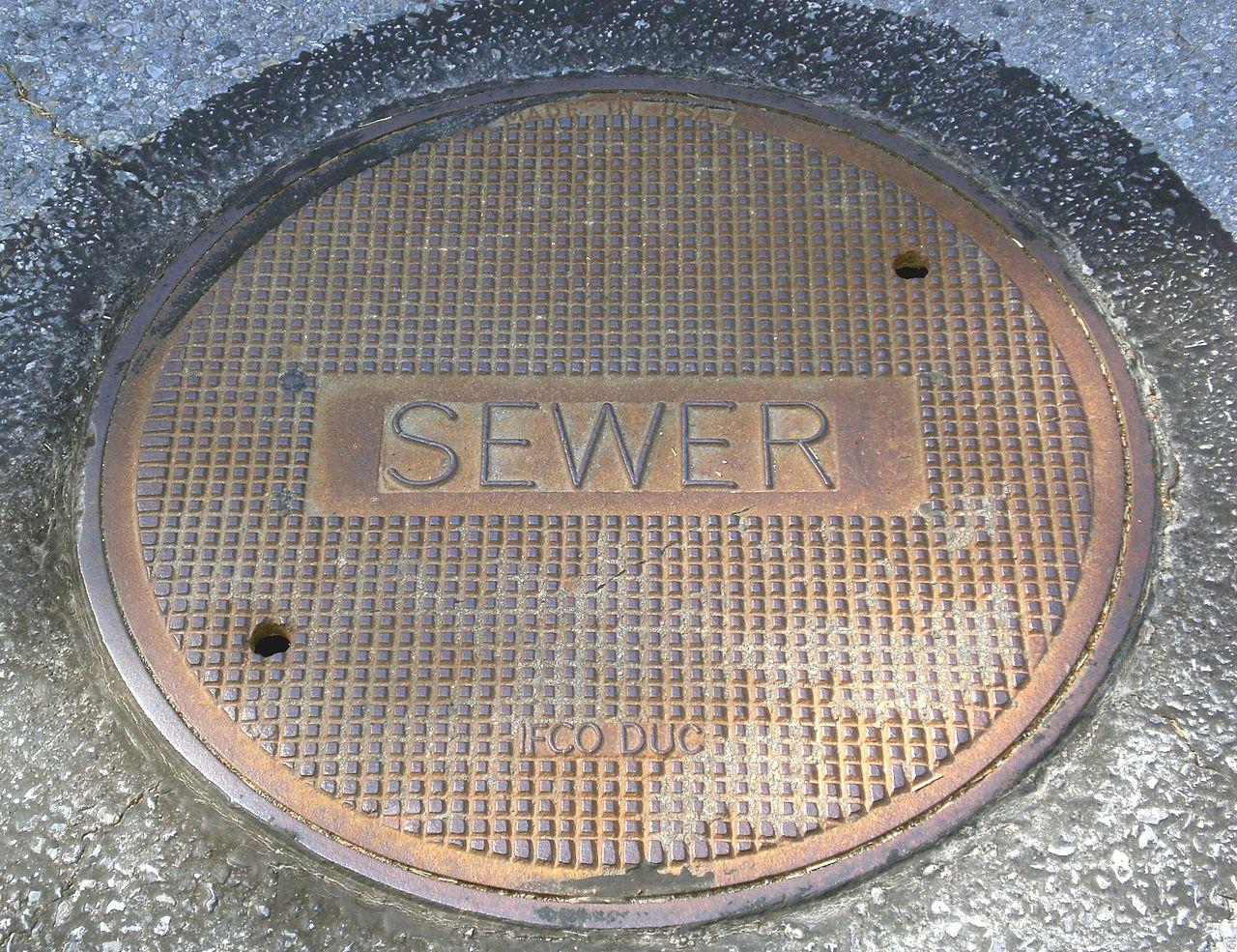 مطمورات الصرف الصحي بتيزنيت: مشاكل بالجملة ولا حل في الأفق