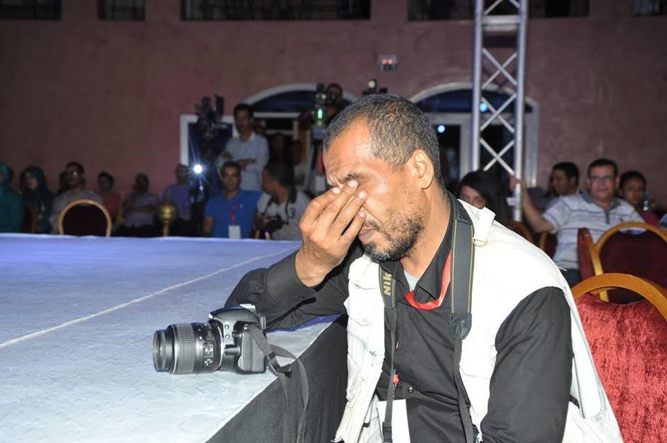 """تكريم المصور الصحفي """"لحسن بيا"""" في ختام مهرجان الفضة"""