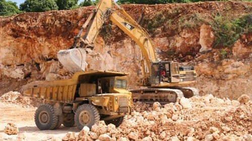 انفجار جديد يهز أولاد جرار بسبب مقلع للأحجار