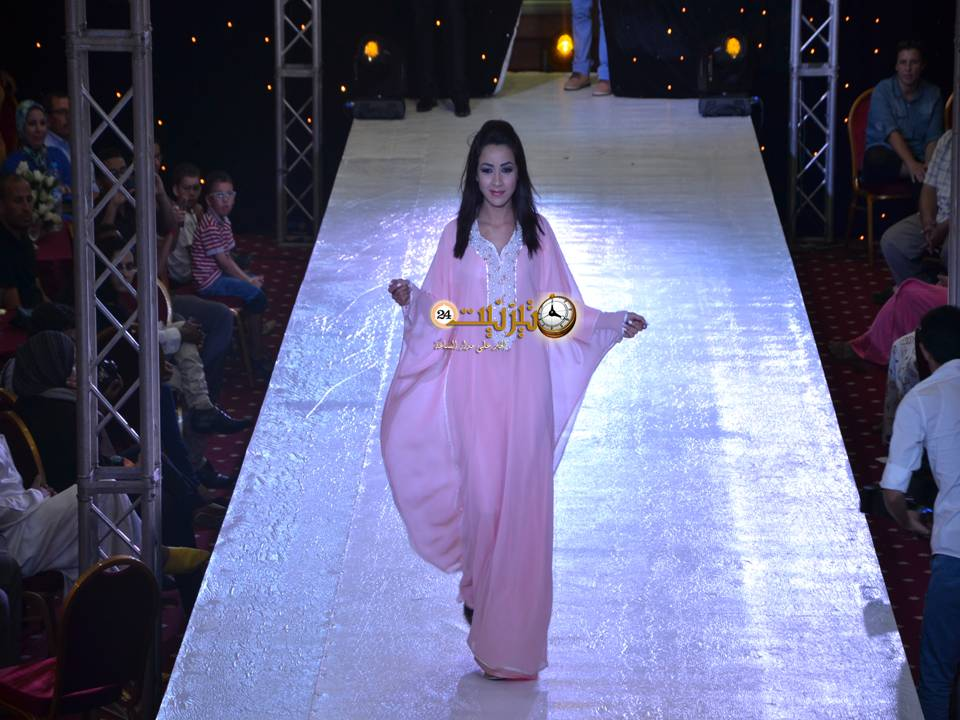 اختتام فعاليات مهرجان الفضة في نسخته الخامسة بعرض للأزياء العصرية والتقليدية / مرفق بصور