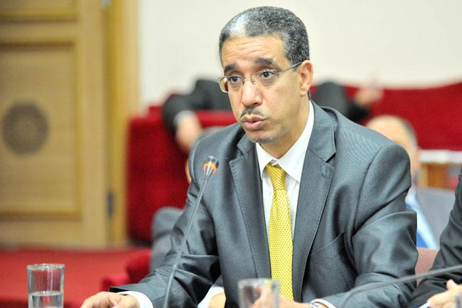 الوزير الرباح: هذه الكذبات الـ11 لنيني في عدد الأربعاء من «الأخبار»