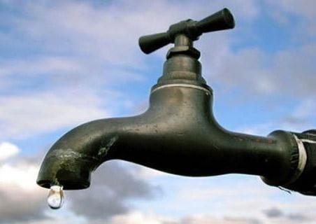 استمرار انقطاعات الماء بمير اللفت ونداءات بتوفير مصادر مائية محلية