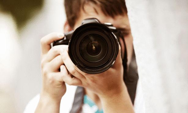 """المصور الصحفي """"عصام زروق"""" يمثل المغرب في مسابقة أممية"""