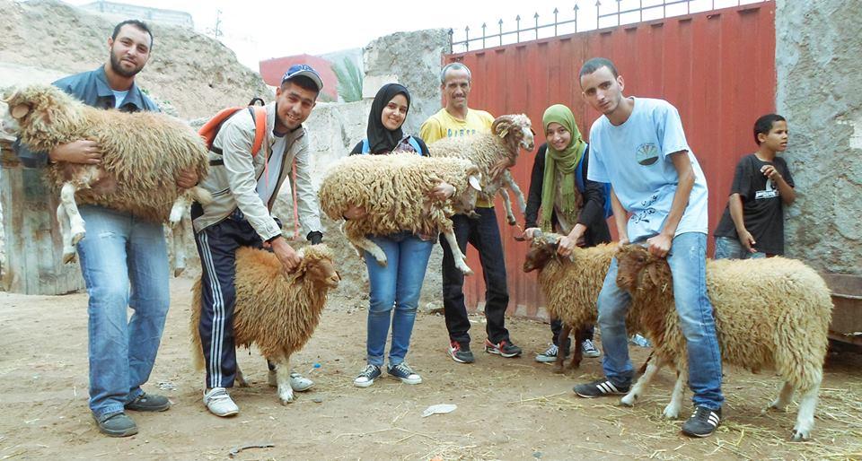 إشراقة أمل تدخل فرحة العيد على الأسر المعوزة بأكادير الكبير