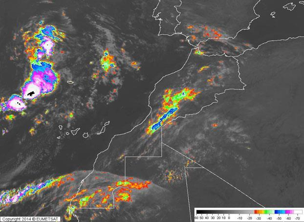 توقعات طقس بداية الأسبوع .. زخات مطرية رعدية محلية ببعض المناطق