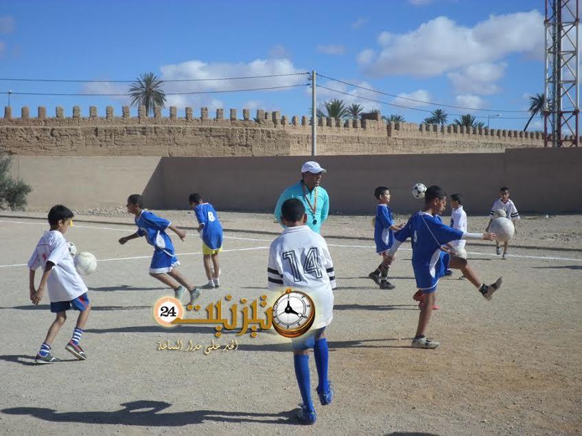 منشطو الرياضة المدرسية الابتدائية يلتئمون بمدرسة 18 نونبر بتيزنيت