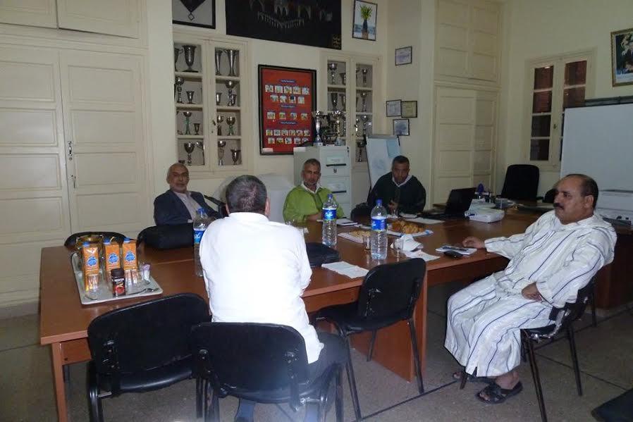 جماعة الممارسة المهنية مولاي رشيدبتيزنيت تعقد لقاء حول مشروع المؤسسة بتقنيةEPARفي اطار برنامجPAGESM