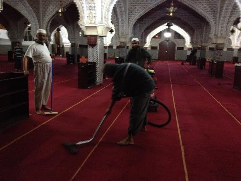 ثاني حملة للنظافة بمسجد السنة بميادرة جمعية رعاية مسجد السنة