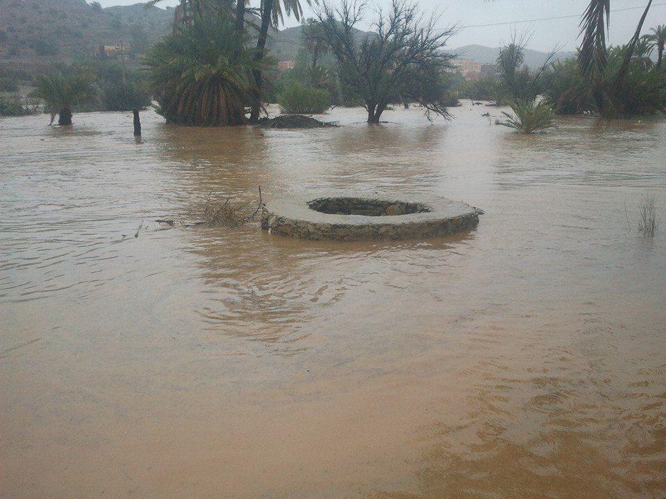 دوار وزير الداخلية يغرق بسبب فيضانات وادي تركت