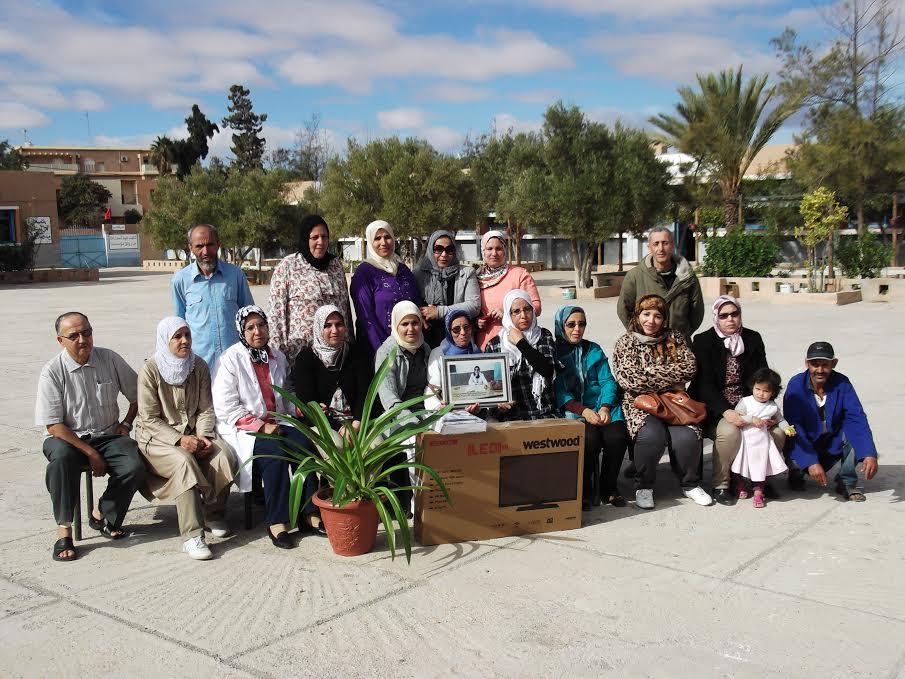 تكريم الاستاذة نعيمة شقلاب بمدرسة الحسن الأول بتيزنيت