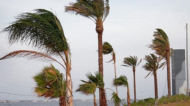 عودة التساقطات المطرية لبعض مناطق المملكة ابتداء من يوم الأربعاء