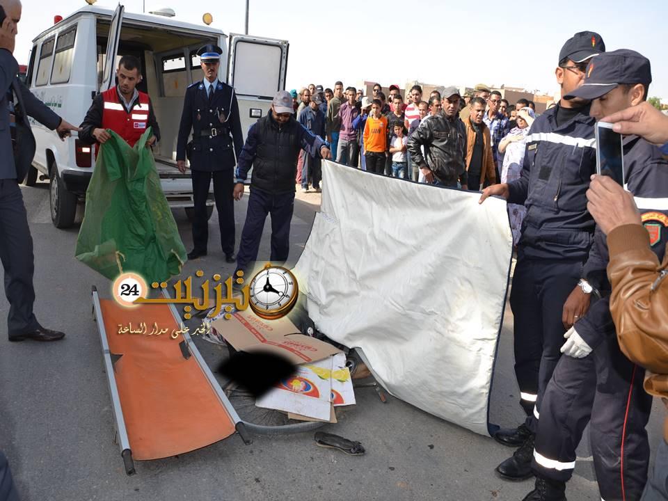 في أجواء حزينة: والد الضحية سناء يزور ثانوية الوحدة ويتلو الفاتحة ترحما على روحها بحضور المئات من التلاميذ