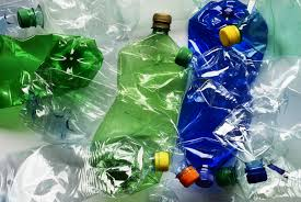 البلاستيك.. الخطر الزاحف على بيوتنا