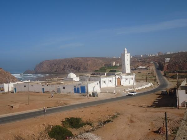 اللجنة الإقليمية لمراقبة المساجد بسيدي إفني تأمر بإغلاق مسجد سيدي محمد بن عبد الله بمير اللفت