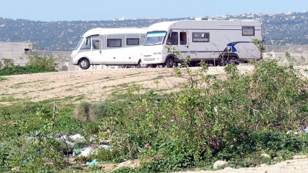 سياحة الكرفان تجتاح أكادير
