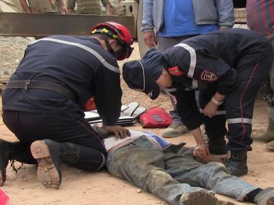 سقوط عامل بناء من الطابق الثاني بتجزئة أم القرى بتيزنيت