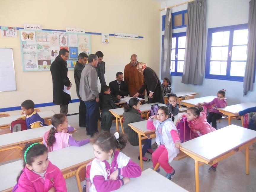 اللجنة الاقليمية لتتبع التعليم الأصيل تقوم بزيارة تفقدية لمدرسة الوفاء لمعاينة تجربتها الميدانية