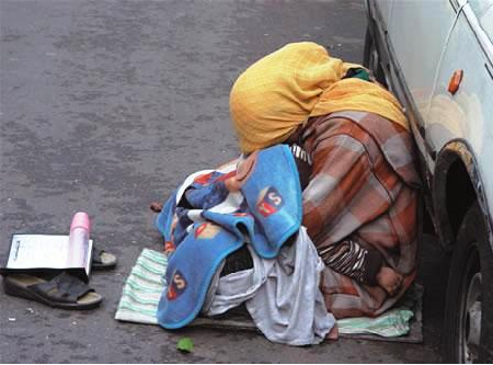المغرب يحطم رقما قياسيا جديدا : 30 ألف متسول في مدينة واحدة