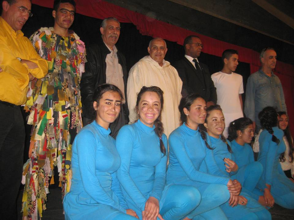بلاغ إخباري : الفرقة المسرحية لثانوية الأميرة للامريم بنيابة اكادير اداوتنانتمثل المغرب في مهرجان المهرجانات للمسرح التربوي بهنغاريا.