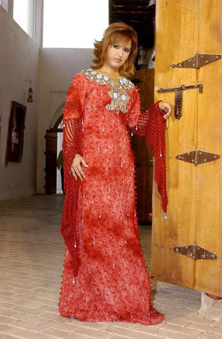 « حسناء مقداد »مصممة الأزياء التقليدية تحل بتيزنيت