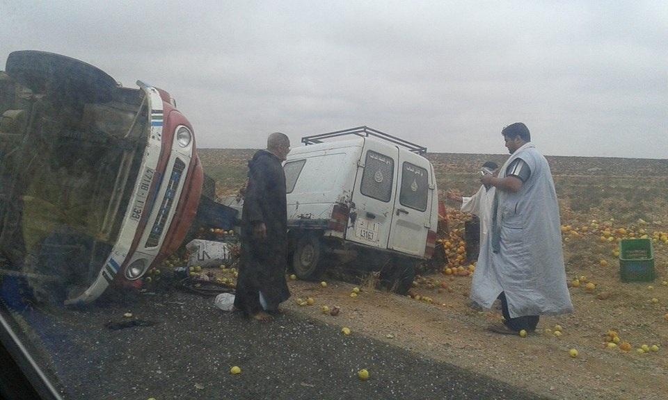انقلاب شاحنة محملة بالخضر بين وجان وتيزنيت