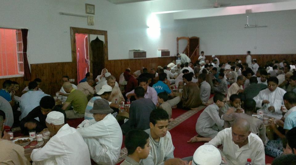 إفطار رمضاني يومي بمسجد الجامع الكبير