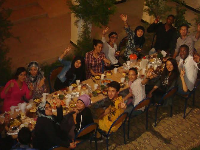 إفطار جماعي لمنخرطي جمعية شباب و مواهب بتيزنيت