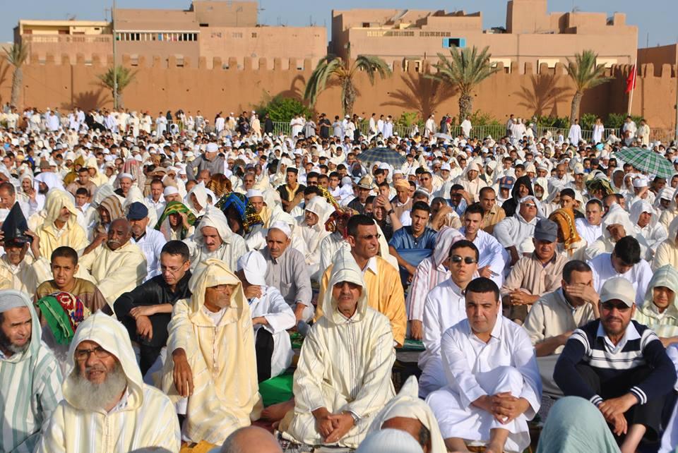 صلاة العيد بساحة الاستقبال
