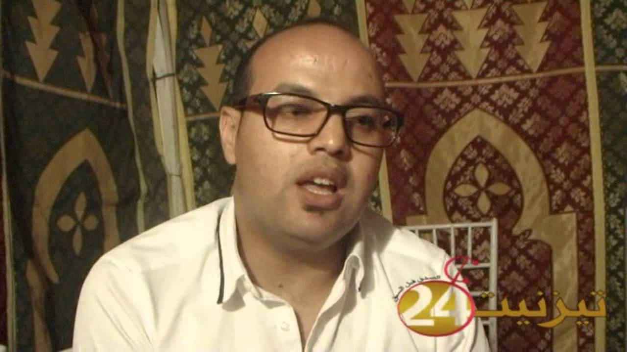 """لقاء مع الفنان هشام """"خليفة"""" عموري مبارك"""