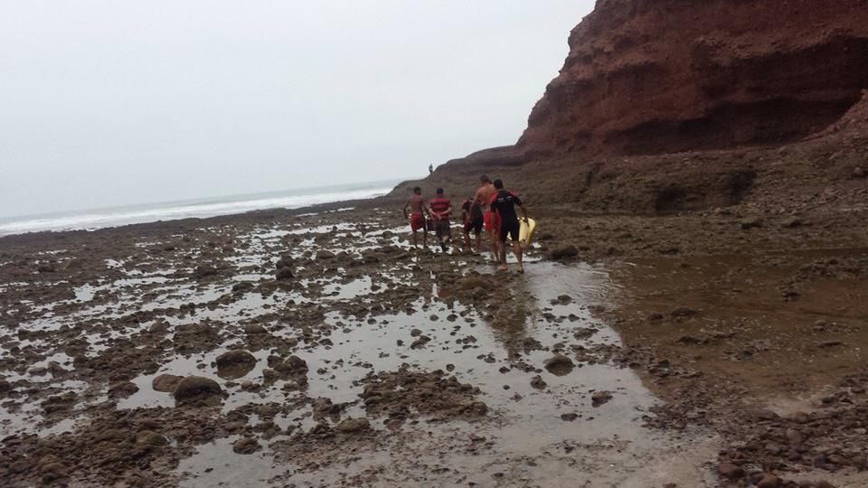 انتشال جثة أم لطفلين بشاطئ الكزيرة بسيدي إفني