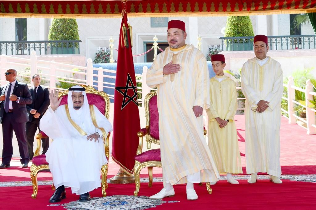 الملك يترأس بطنجة حفل استقبال بمناسبة عيد الشباب وهؤلاء هم المنعم عليهم بأوسمة ملكية