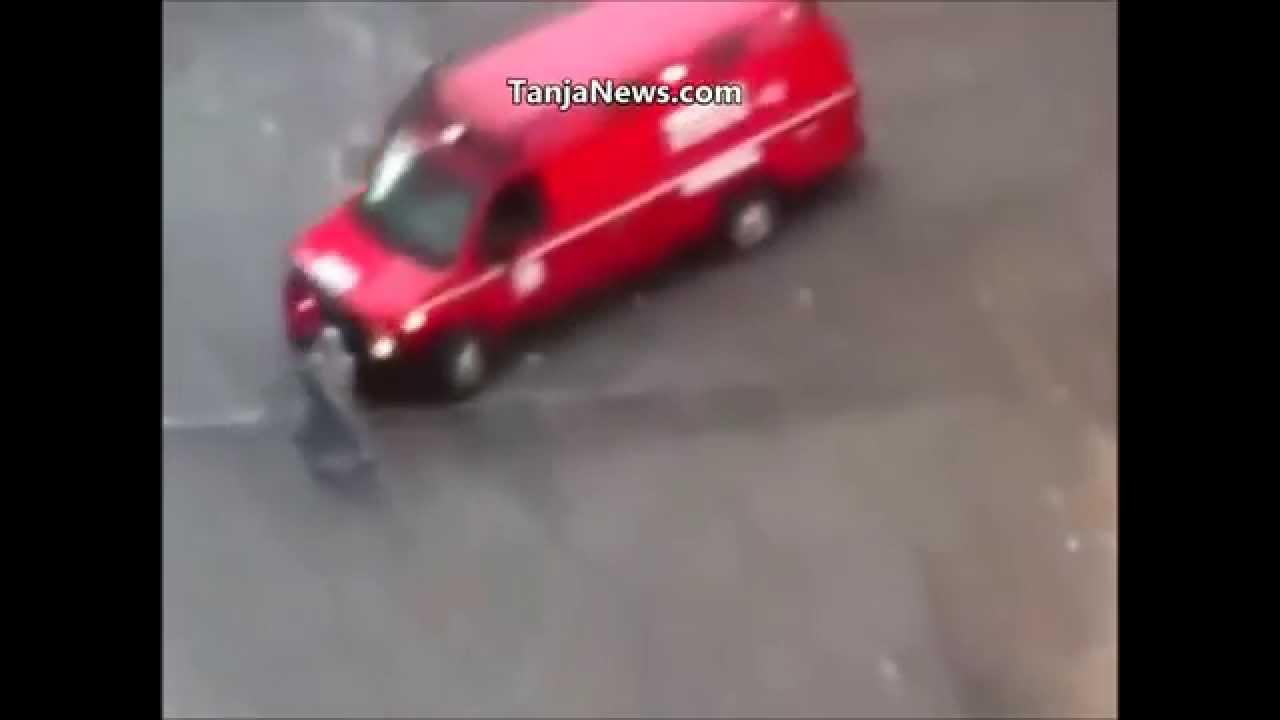 مصرع سيدة صدمتها سيارة الاسعاف / +18