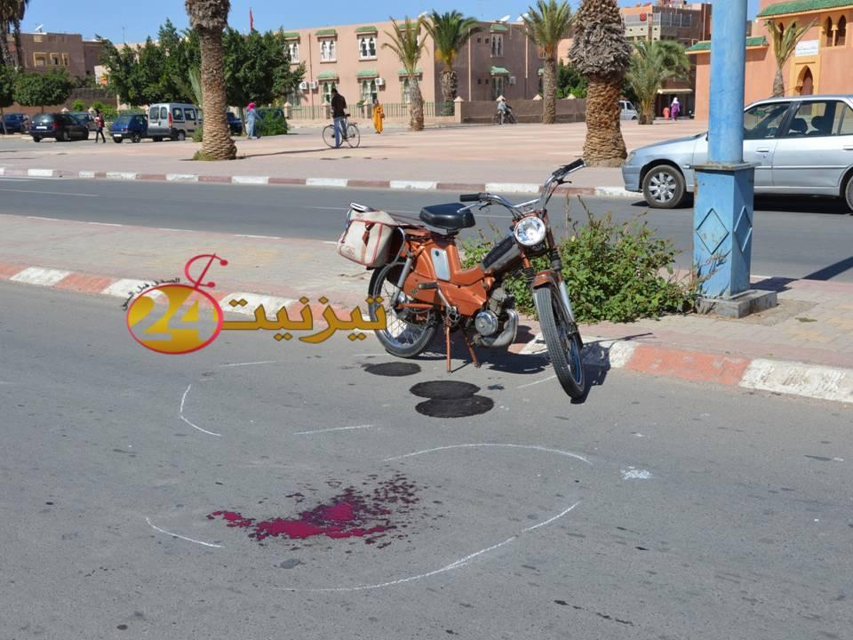 اختلال التوزان يسبب في حادثة سير قرب مسجد السنة بتيزنيت