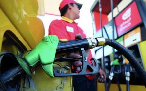 تيزنيت : سعر الغازوال ينخفض إلى 7.99 درهم  والبنزين 9.39 درهم ابتداء من 1 نونبر2015