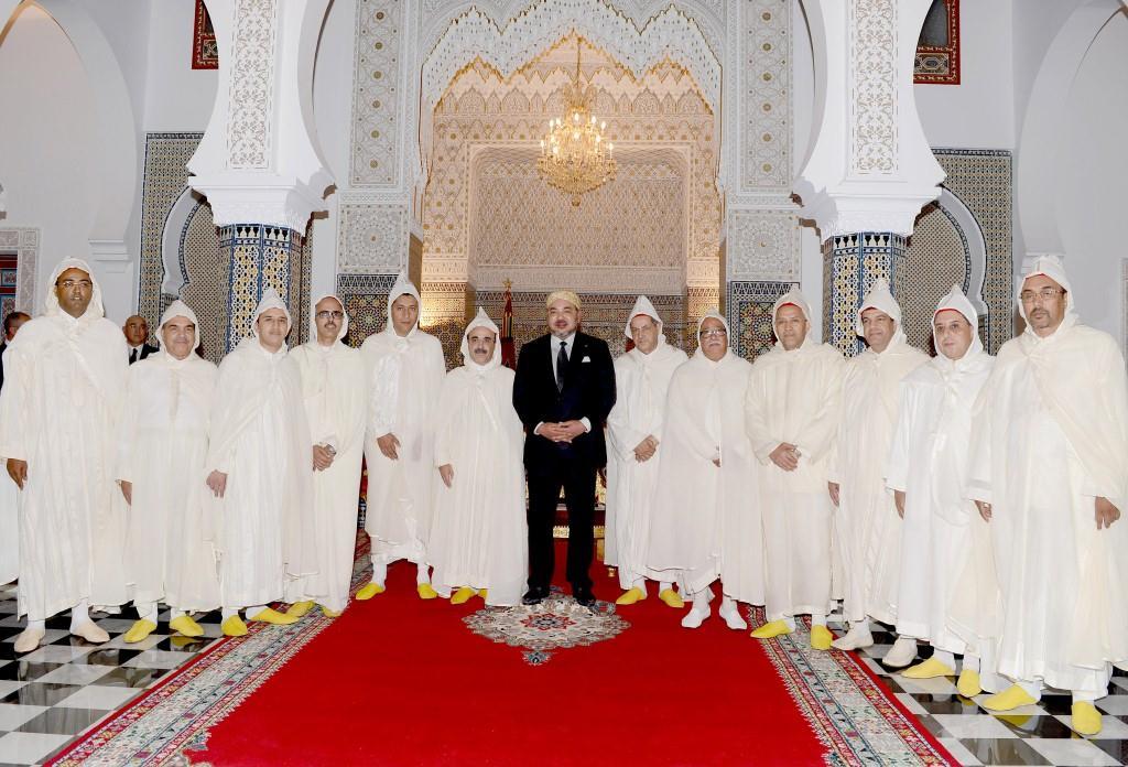جلالة الملك يستقبل رؤساء الجهات والولاة الإثني عشر للمملكة