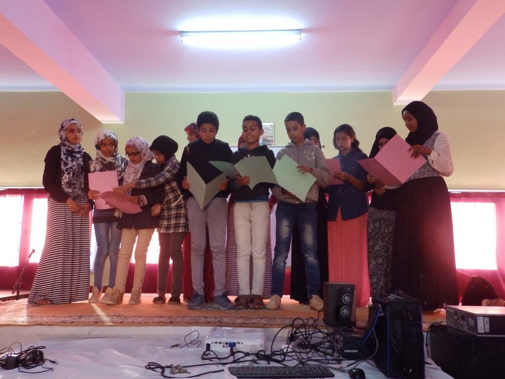 ثانوية الزيتون الاعدادية بأولاد جرار تحتفل بالذكرى الاربعين للمسيرة الخضراء