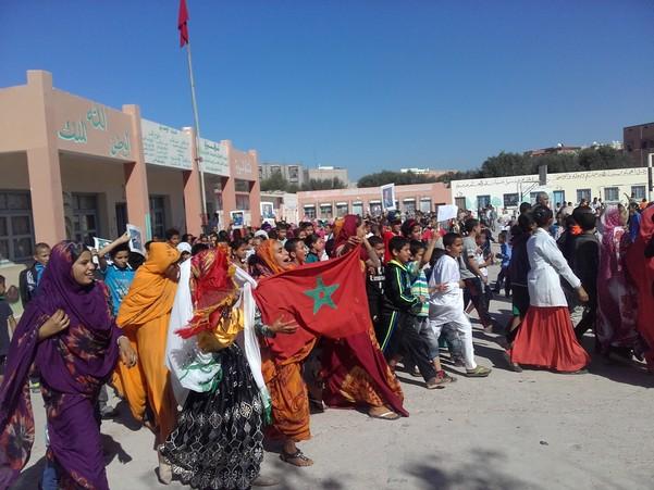 مسيرة رمزية تحاكي حدث المسيرة الخضراء بمدرسة الشريف الإدريسي نيابة إنزكان أيت ملول