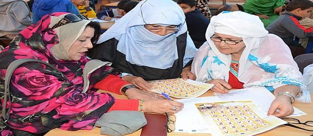 تيزنيت : العشرات من نساء وأطفال يستفيدون من ورشة تكوينية لتعليم حروف تيفيناغ
