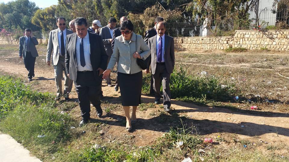 اكادير : زينب العدوي تقوم بزيارة ميدانية لمحيط الجامعة وتعلن عن إجراءات عملية بدءا من نهاية الأسبوع