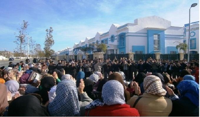 بعد منحهم 200 صفر ، طلبة كلية الآداب يستعدون للإحتجاج