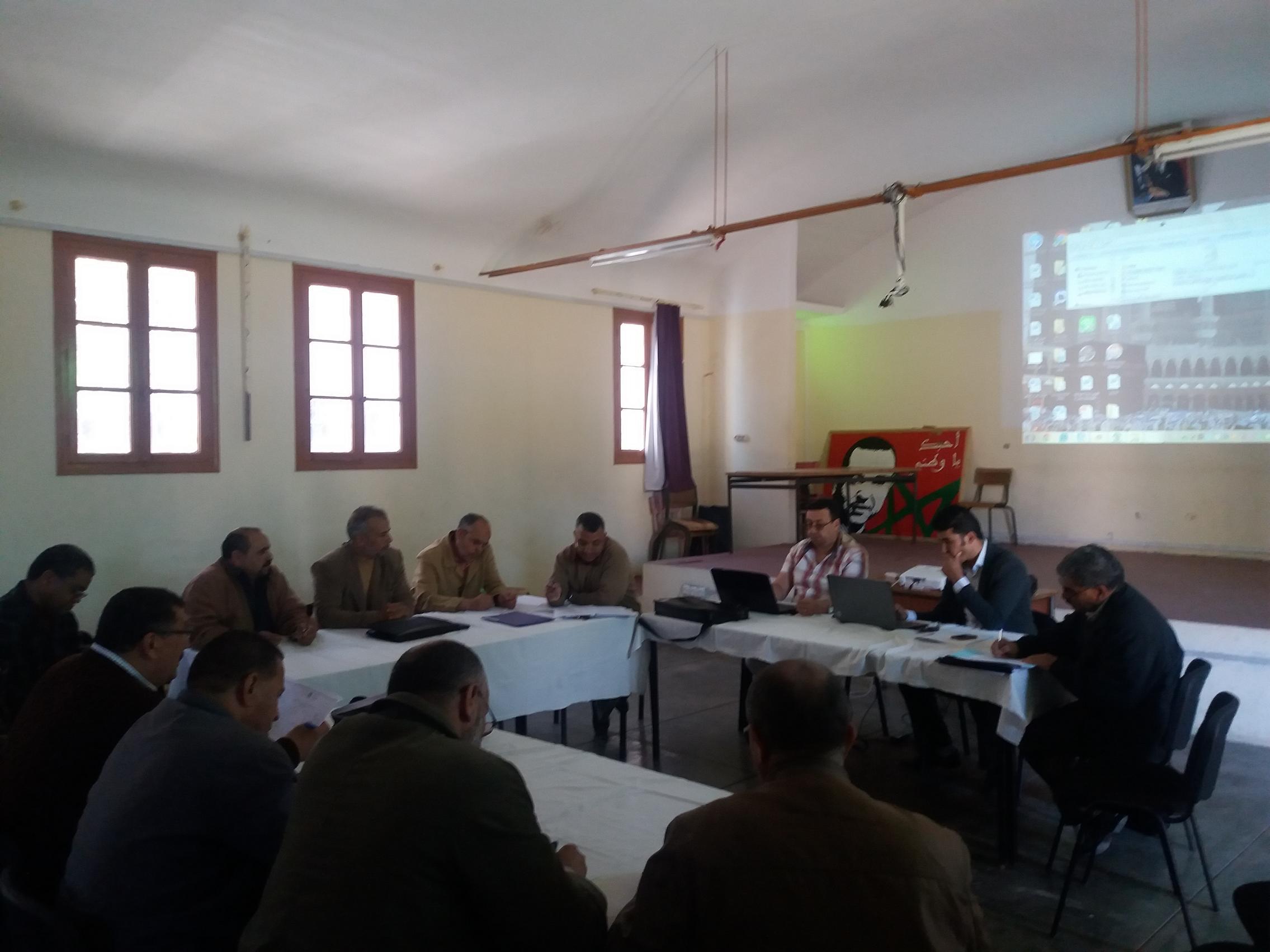 لقاءات تواصلية لجماعات الممارسات المهنية بمديرية تيزنيت حول تدبير العتبات بين الأسلاك